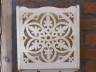 dekoracja ściany - koronkowa półka ozdobna z drewna lipowego - wzór kryształ wody 2