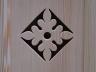 Front szafki dekorowany ażurowym ornamentem - detal